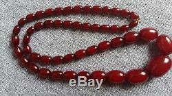Art-Deco-1920-1930-ANTIQUE-CHERRY-AMBER-RED-BAKELITE-FATURAN-BEAD-NECKLACE 42 g